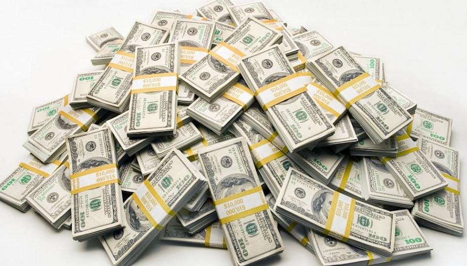Најбогатото семејство на светот, Валтон, заработува 70.000 долари во минута (ВИДЕО)