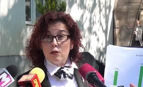 Граѓаните незадоволни, а градоначалничката на Битола се фали со една улица