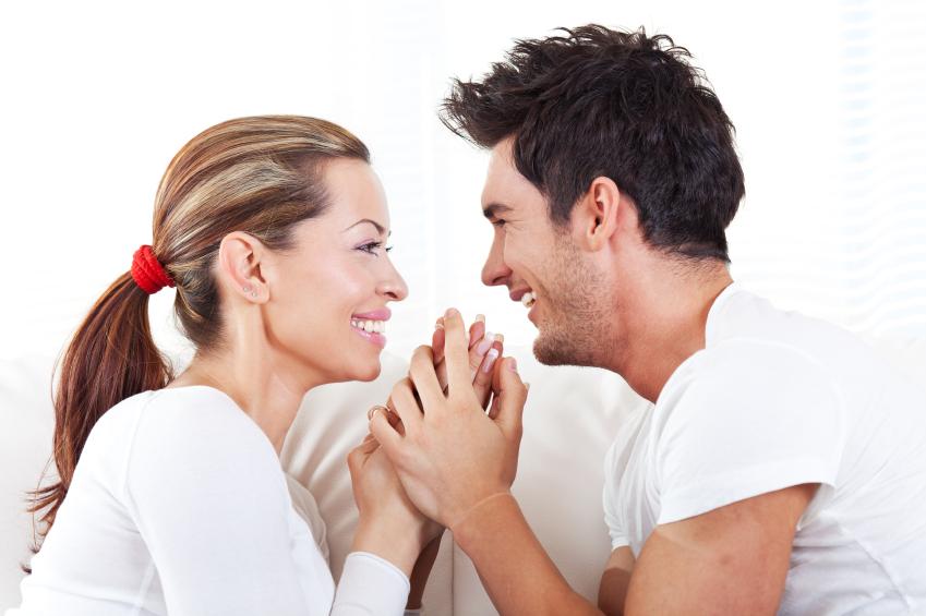 Четири теми за кои треба секојдневно да разговарате во врската