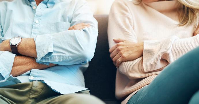 Брачни проблеми што не треба да ги игнорирате