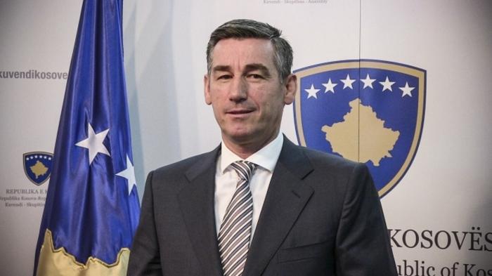 Весели го поддржува Харадинај, но бара укинување на царините за Србија и за БиХ