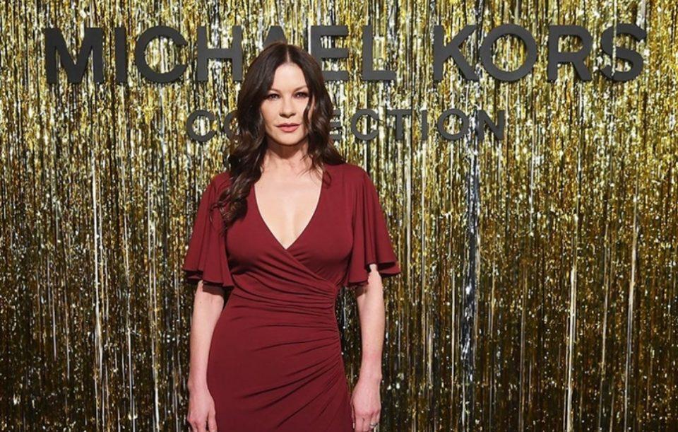 Славната актерка со својот изглед им пркоси на годините (ФОТО)