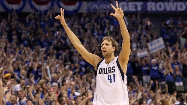 Новицки четврти кошаркар кој одиграл 1.500 натпревари во НБА
