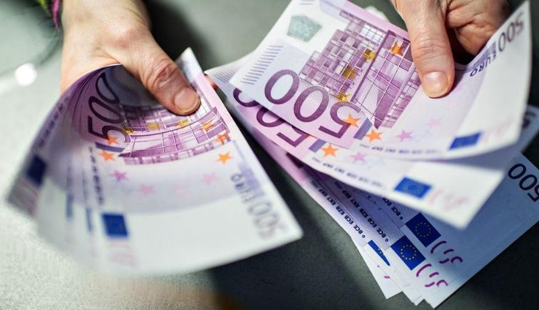 Како најдобро да ги скриете парите во вашиот дом?
