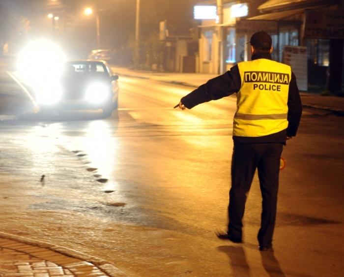 Полицијата буквално казнува се пред себе: Над 100 казнети возачи на автомобили и мотори за само неколку часа