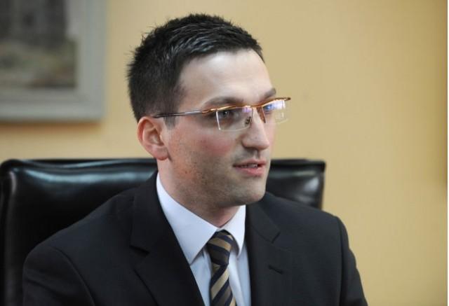 Стефаноски: Владата и Филипче не го послушаа апелот и не ја тестираат популацијата- Последиците се веќе огромни, а одговорноста е нивна!