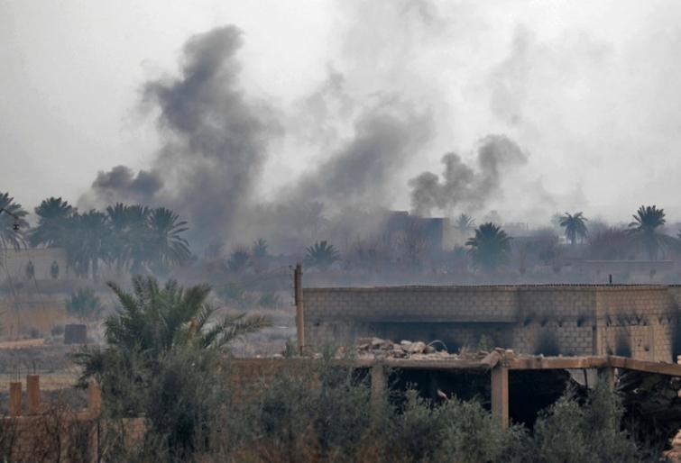 Шеснаесет цивили, меѓу кои и 7 деца, загинаа во воздушен напад во Сирија