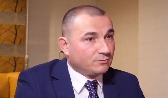 Урнебесно видео: 90 секунди со Генерал Стојанче Ангелов