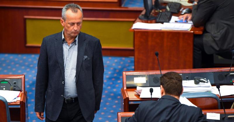 Како власта монтира случаи за политичка пресметка: Обвинението за 27-ми април на стаклени нозе
