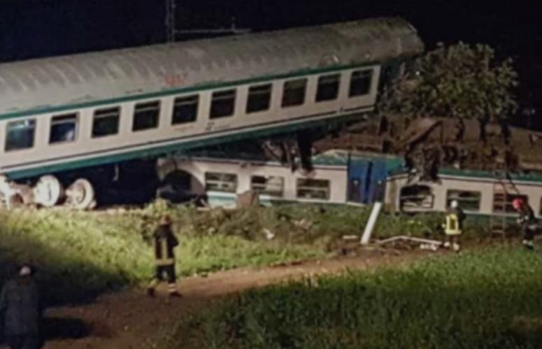 Воз излета од шините најмалку седум загинати
