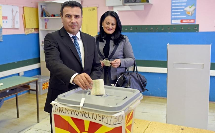 ВМРО-ДПМНЕ: Заев подготвува изборен фалсификат на претседателските и затоа бега од техничка Влада и предвремени парламентарни избори