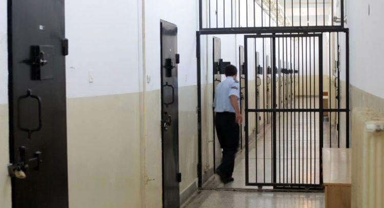 11 дисциплиснки постапки за вработени во затворот во Шутка, бројката ќе расте