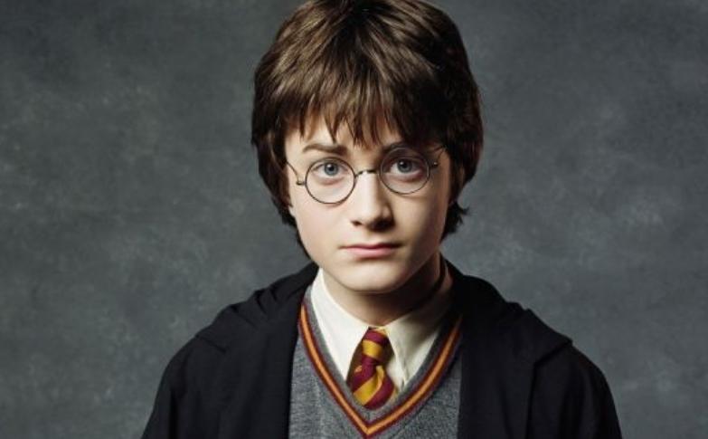 Беше слаткиот Хари Потер: Погледнете како денес изгледа славниот актер