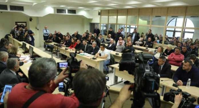 """Адвокатите на обвинетите за """"27 април"""": Осудените завршија во притвор, а гаранциите сѐ уште се на сила!"""