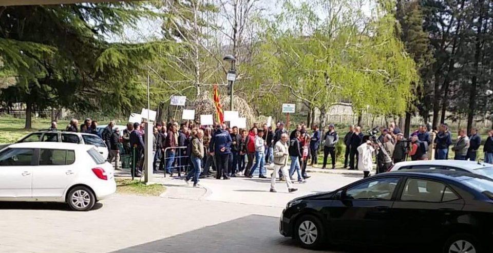 ФОТО: Земјоделците на протест во Велес