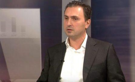 Заев целосно потфрли во Култура: Заминува и Асаф Адеми од министерската позиција?