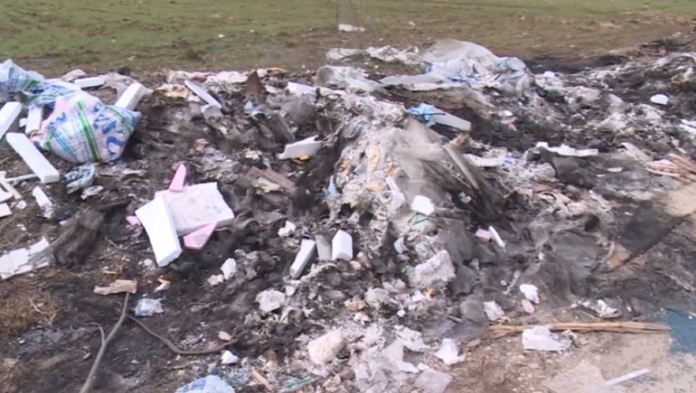 Дивите депонии го трујат цело Скопје- граѓани алармираат, надлежните си ја префрлаат одговорноста