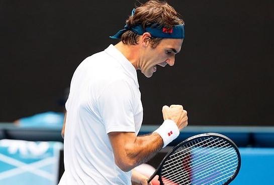 Федерер го освои 100-тиот трофеј во кариерата