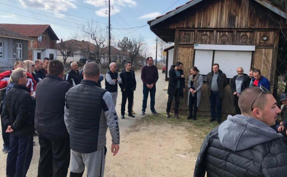 Членови на ИК на ВМРО-ДПМНЕ на средби со граѓани во повеќе општини (ФОТО)