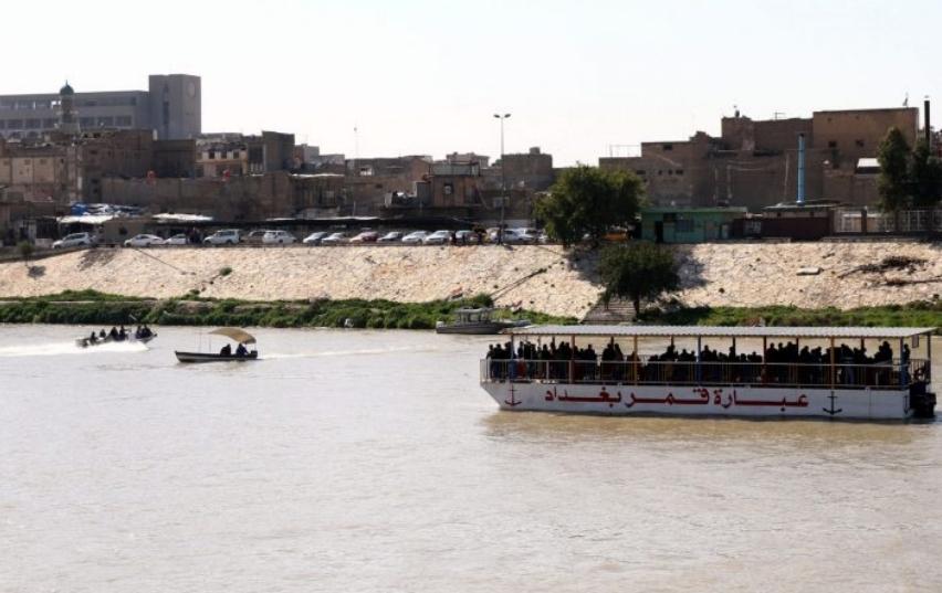 Најмалку 83 лица загинаа при потонувањето на траектот во Ирак
