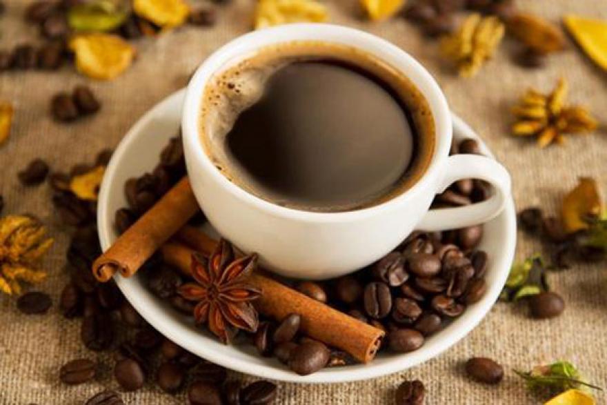Колку кафе треба да пиеме во текот на денот?