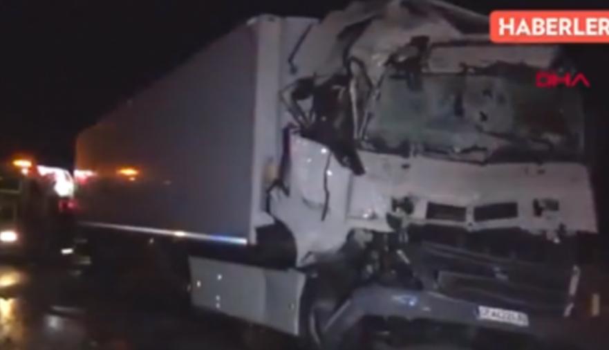 Македонец повреден во сообраќајка во Турција, камионот смачкан (ФОТО)