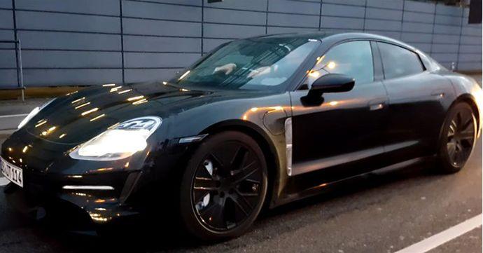 """Првото електрично Porsche """"фатено"""" на видео"""
