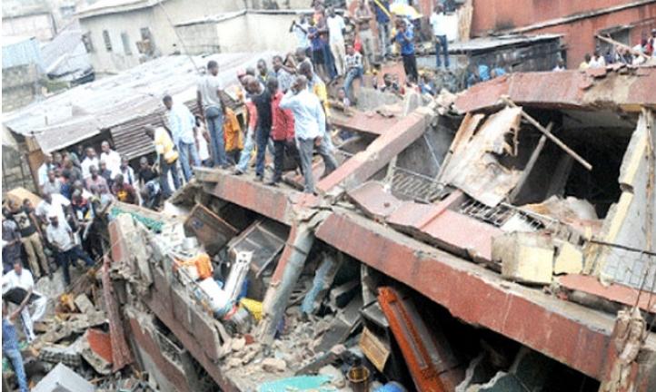 Запрена потрагата по преживеани во урнатата зграда во Лагос