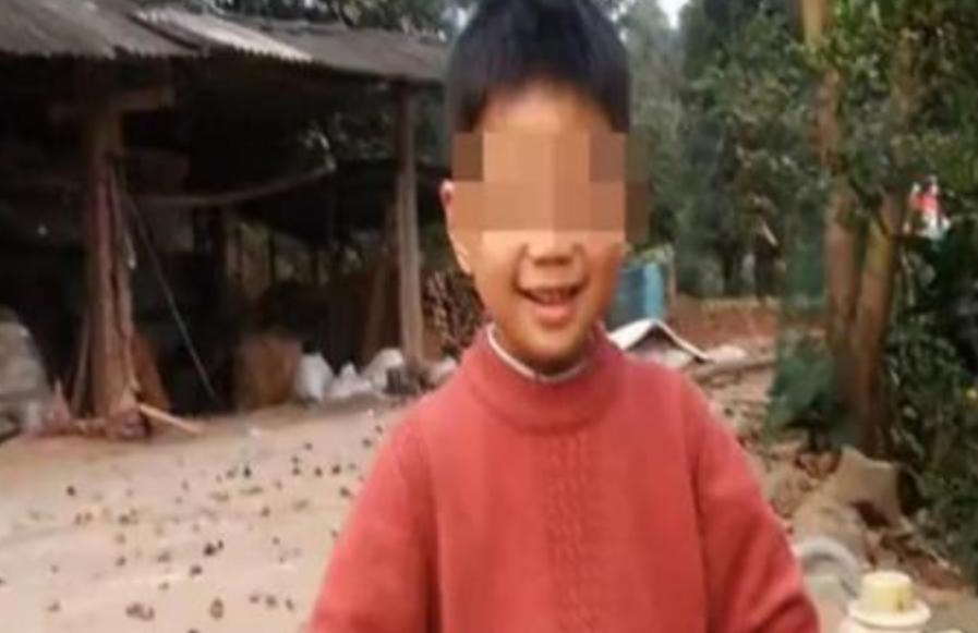 Докторот немал сила да прогласи смрт кај момче кое се удавило во Кина, после 2 часа се случило чудо (ВИДЕО)