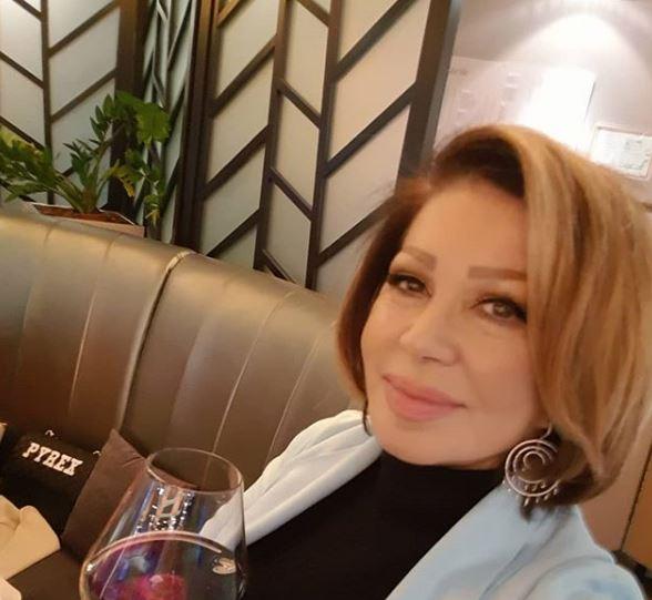 По веста за разводот, Неда Украден му пиша на Гејтс: Пејачката му порача да дојде да остарат заедно