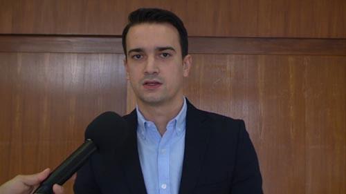 """Нелоски: """"Метлата"""" на Заев е обид да се спаси тој самиот од одговорност за сите штетни политики"""