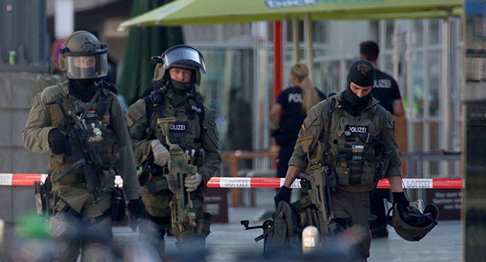 Паника ширум Германија, евакуација поради дојави за поставени бомби