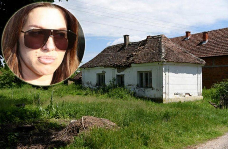 Денес ужива во луксуз, а некогаш се мачела во беда и сиромаштија: Погледнете каде живеела познатата српска пејачка