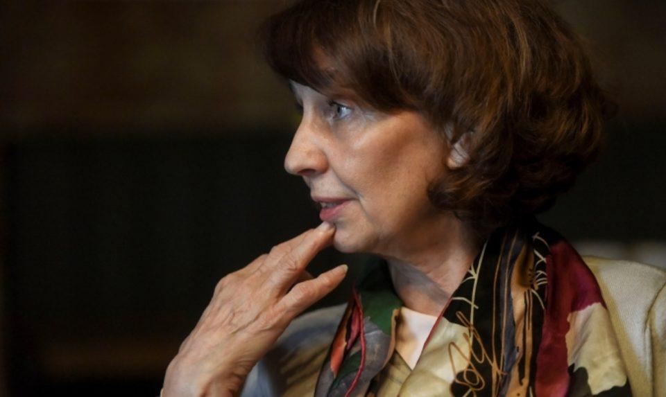 Силјановска Давкова: Кога ќе смениме документи, ќе треба сами да се лажеме дека сме се родиле во Северна Македонија