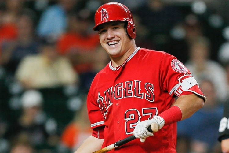 Безбол играч ќе потпише договор вреден 430 милиони долари