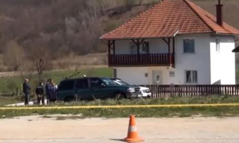 Малолетници за 10 евра со лопата убиле старци