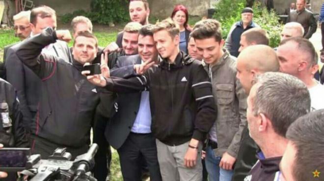 """Сериозни обвинувања од српскиот пратеник: Заев стои зад кумановските настани, но и зад """"македонското сценарио"""" во Србија"""