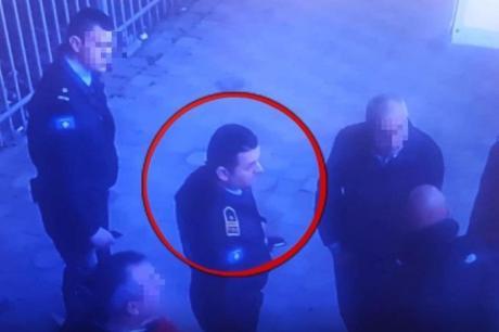 ВИДЕО: Полицаец во Грачаница украл паричник со 1.800 евра – камерите снимиле се