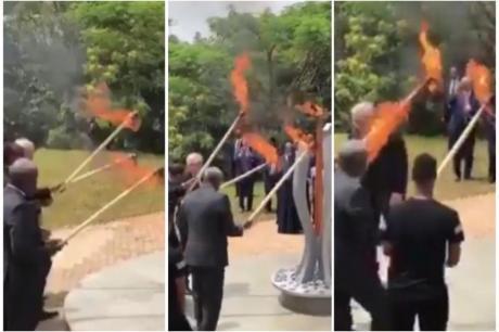 ВИДЕО: Претседателот на европската комисија Жан Клод Јункер за малку ќе ја запалеше првата дама на Руанда