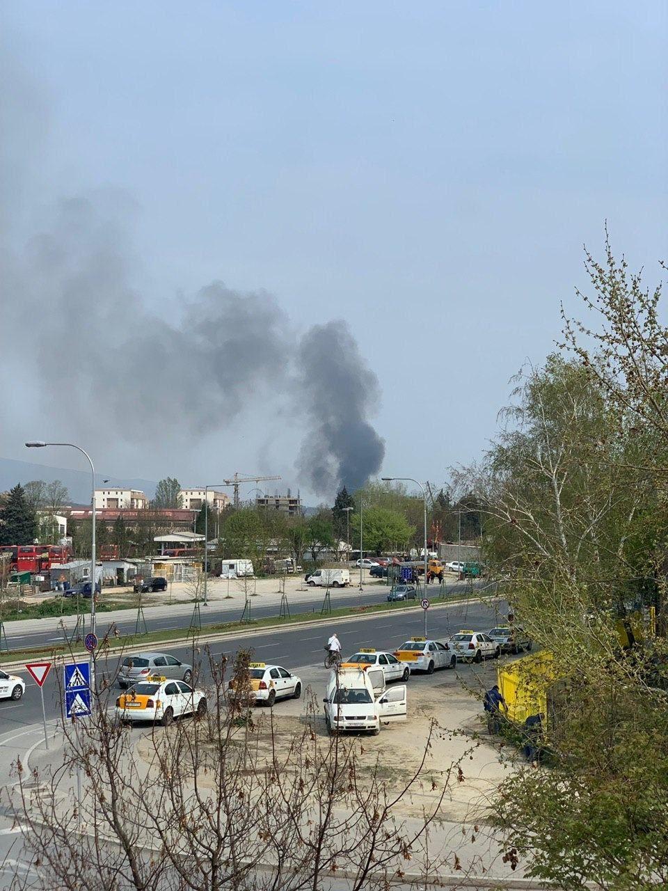 """Детали за пожарот во близина на салата """"Борис Трајковски"""""""