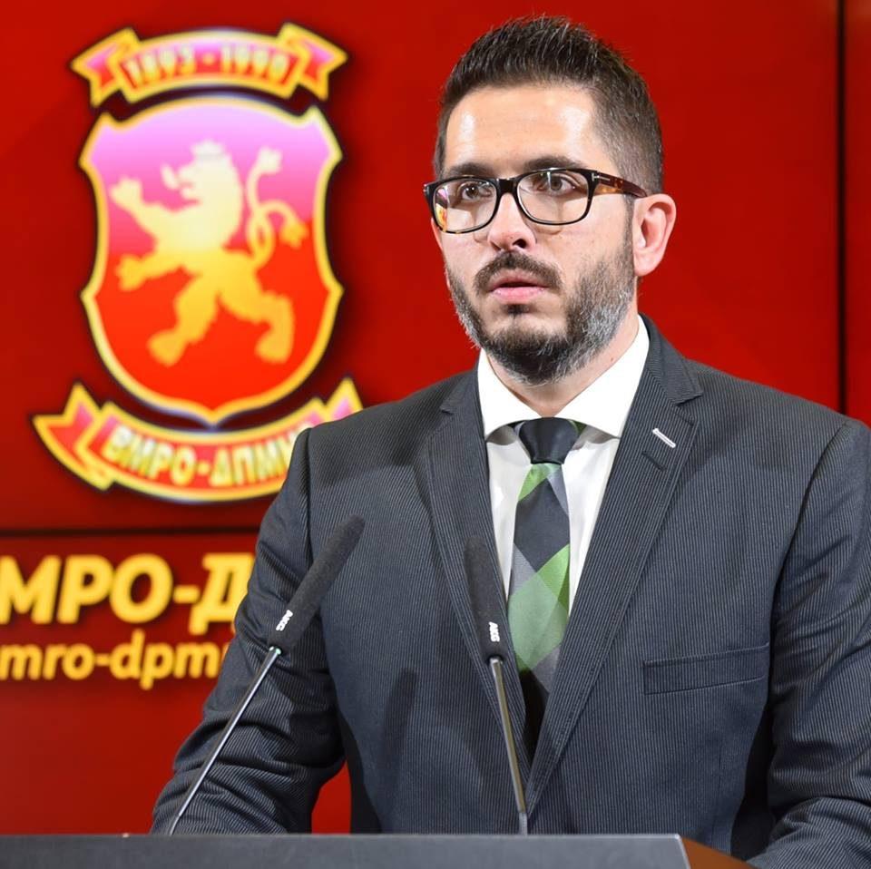 Божиновски: Сидрото што ја влече Македонија надолу се вика Зоран Заев