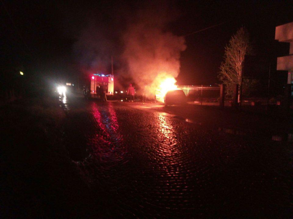 Детали за автомобилот кој се запали во движење кај Струмица (ФОТО)