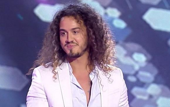Адам Лабунски запеа и на грчки во таверна во Тасос (ВИДЕО)