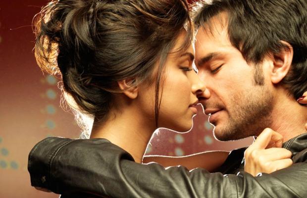 Ако го прави ова додека се бакнувате, тогаш навистина многу ве сака!