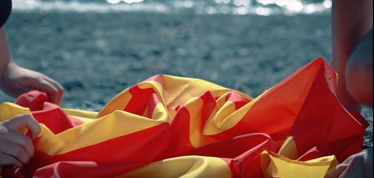 На страната на правдата, на страната на Македонија!