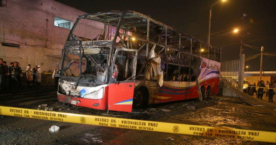 Пожар во автобус, 20 загинати