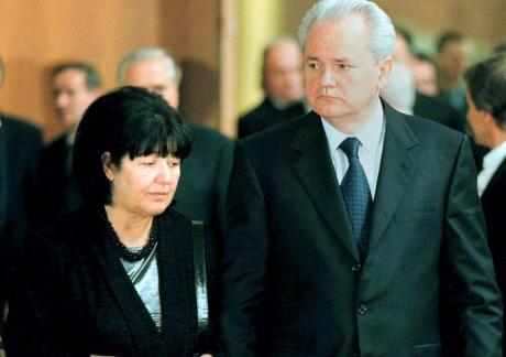 Синот и ќерката на Милошевиќ не даваат мајка им да биде погребана покрај него- ова била нејзината последна желба