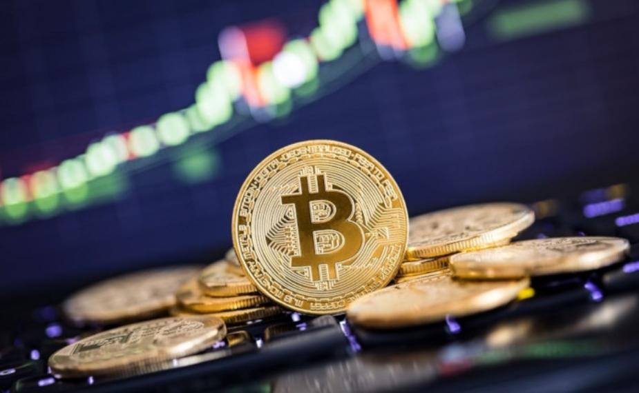 Вредноста на биткоинот го урна овогодишниот рекорд