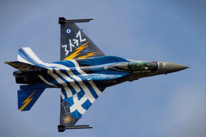 Заев: Грчката авијација ќе го покрива небото над нашата држава