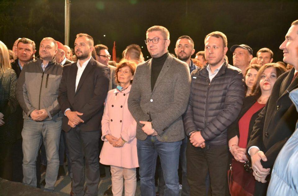 Силјановска Давкова: Власта е исплашена заради претстојните избори, зошто ќе ги стигне потписот на народот
